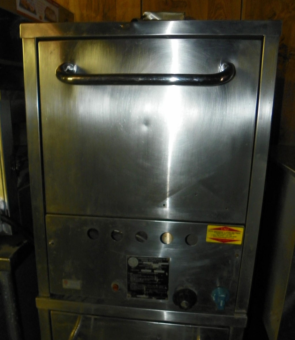 Countertop Pizza Oven Used : Used Comstock/ Castle Used Countertop Gas Pizza Oven - P018