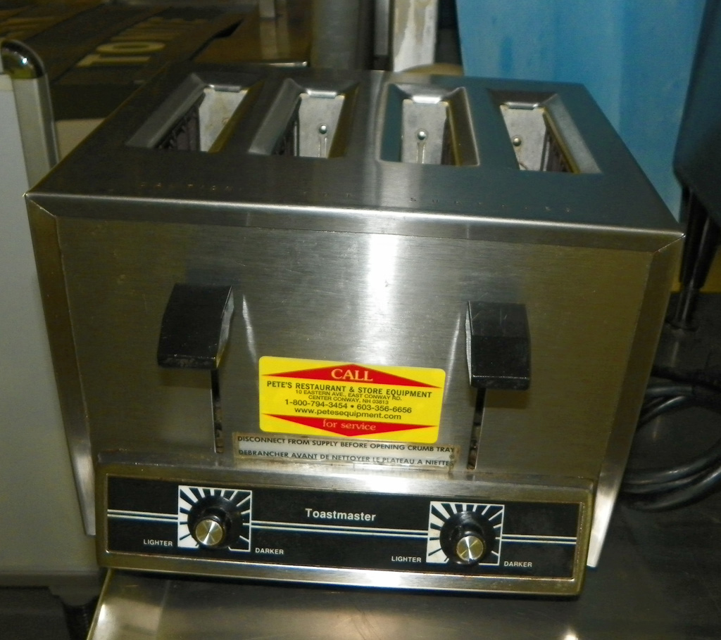 Used Toastmaster Used Pop Up Toaster - TPP44