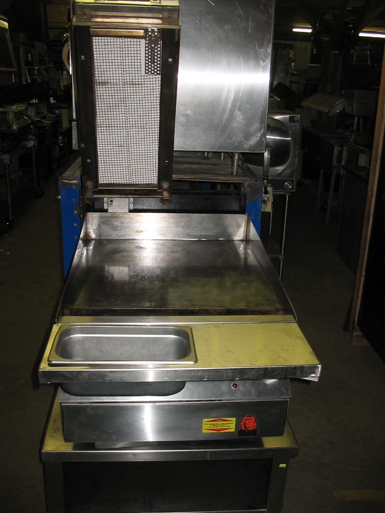 "Used Wolf Used Wolf 24"" Clamshell Griddle - TB-IRG-24-BRL-C"
