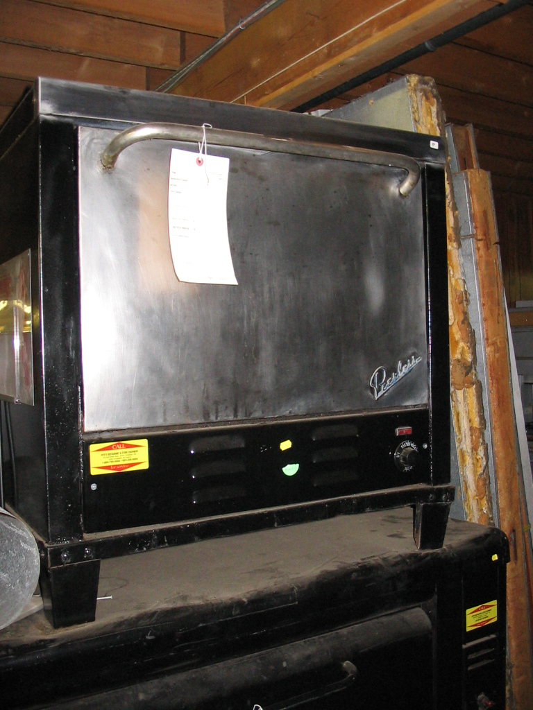 Countertop Pizza Oven Used : ... Showroom Used Peerless Used Countertop electric Pizza Oven ? CE131