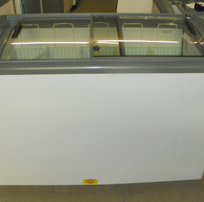 New Ojeda Sliding Glass Top Novelty Freezer - NB-51