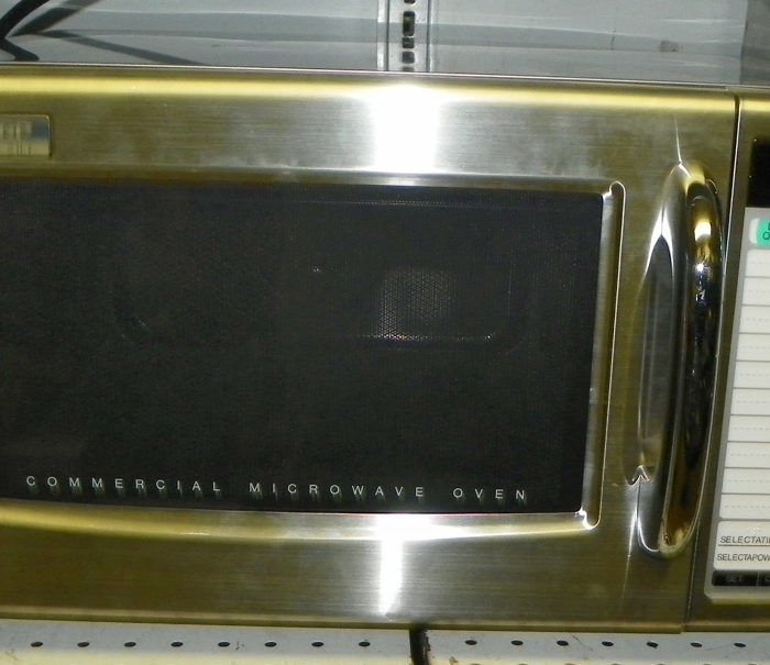 New Sharp 1000 W. Microwave - 21LT