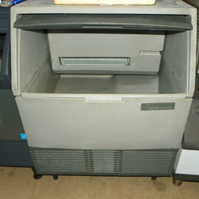 Used Scotsman Under Counter Icemaker - SCE275