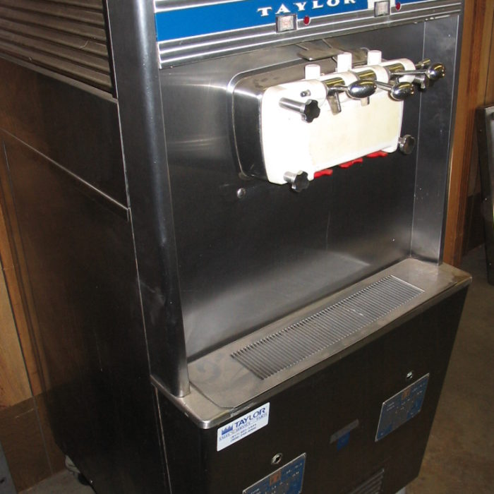 Used Taylor Used Soft Serve Machine - 334-22